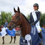 Máriás Sára megnyerte a 145cm-es U25-ös Grand Prixt és a fiatal lovak fináléját a csehországi világkupán